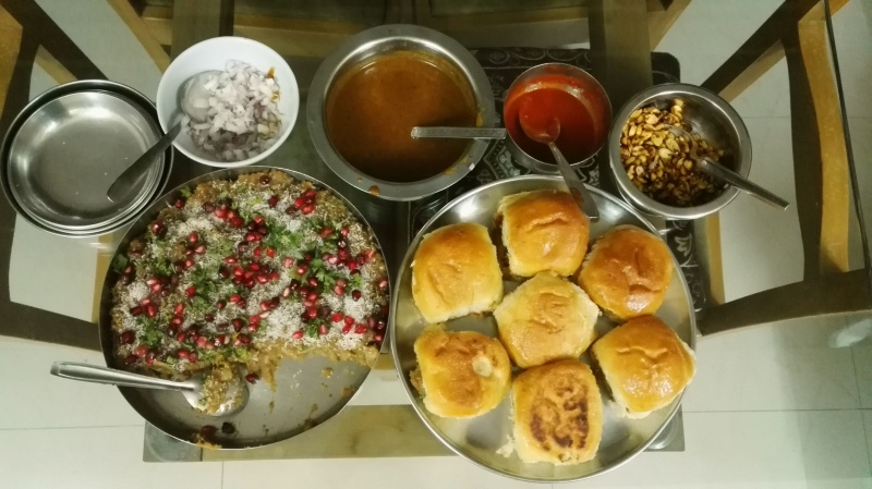 Home made kutchi dabeli